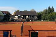 Wer spielt Tennis?